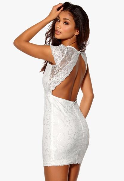 Model Behaviour Lidia Dress White Bubbleroom.se