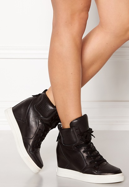 UMA PARKER Boston Leather Shoes Black Bubbleroom.se