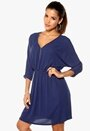 SOAKED IN LUXURY Zila Dress 256 Big Blue Bubbleroom.se