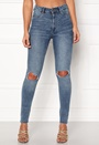 High Spray Cut Off Jeans