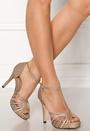 Miriam Shoe