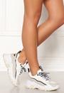 422 Sneakers