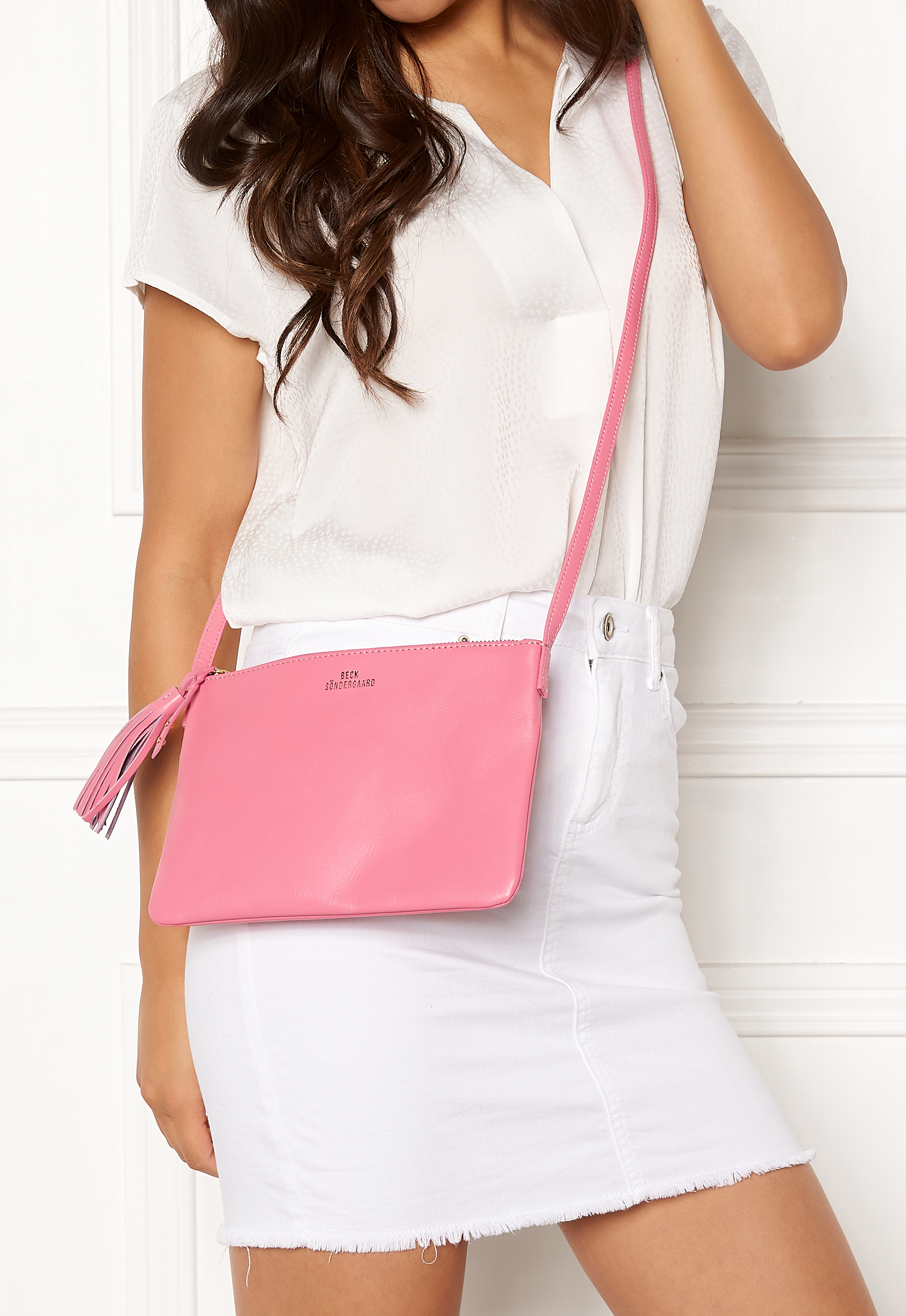 Becksöndergaard Lymbo Leather Bag 628 Sachet Pink Bubbleroom