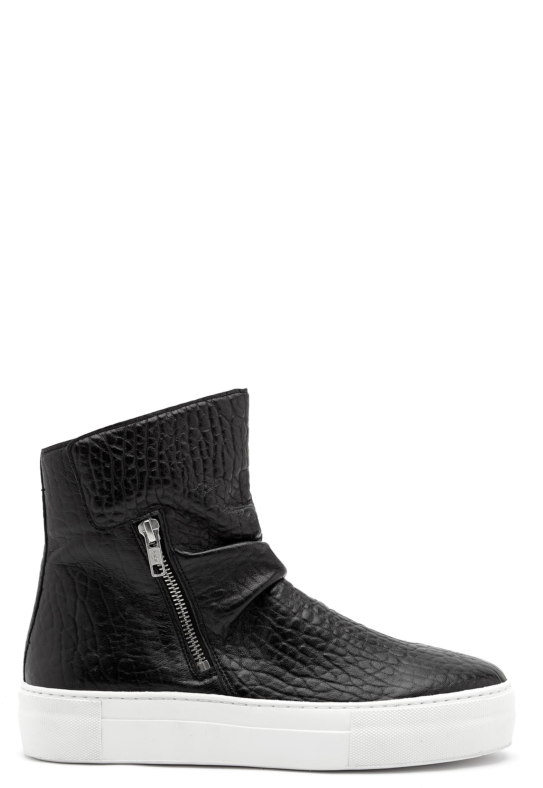 Billi Bi Black Sport Sneaker BlackWhite Bubbleroom