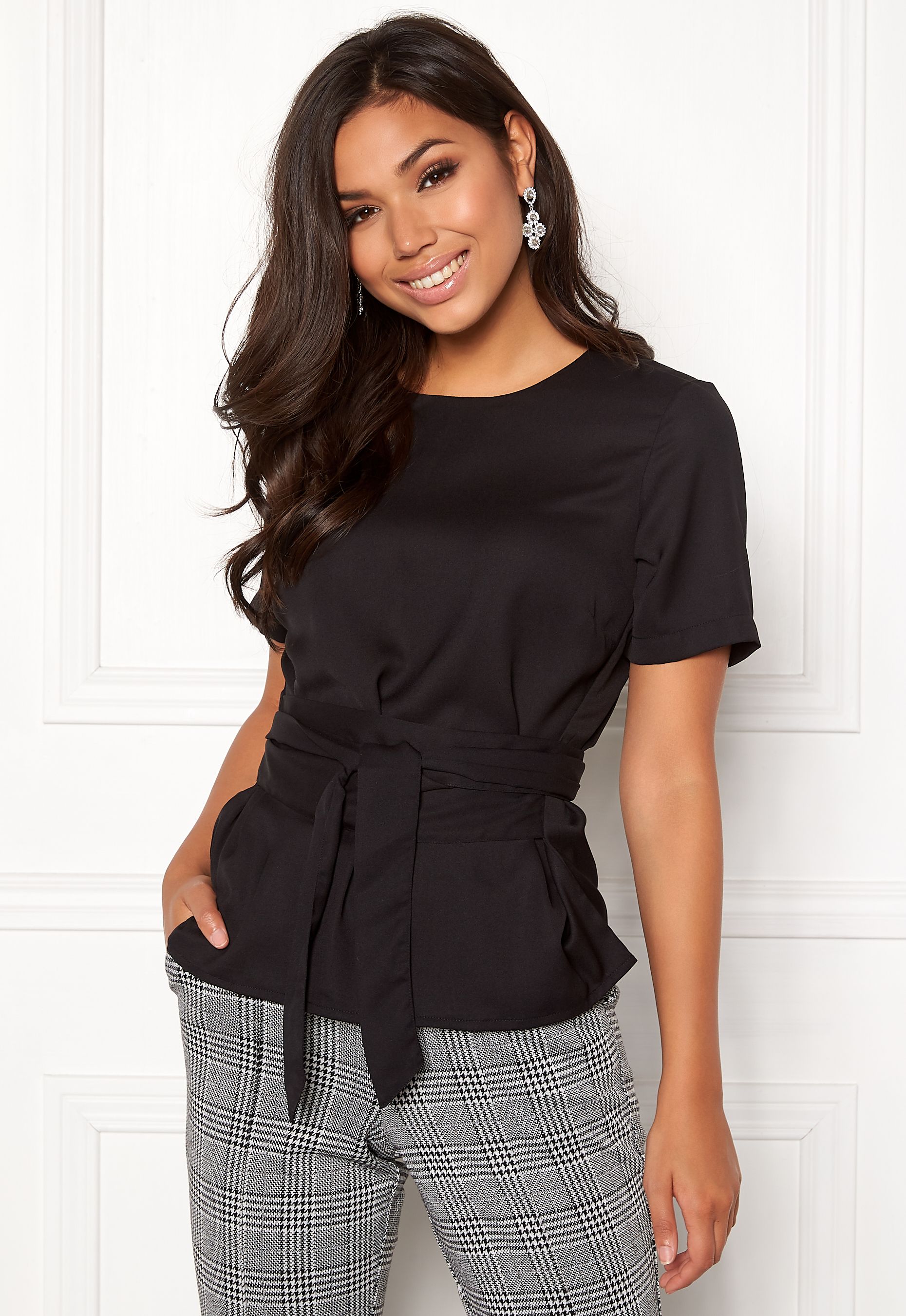 BUBBLEROOM Maddie tie blouse Black - Bubbleroom 13e145099b714