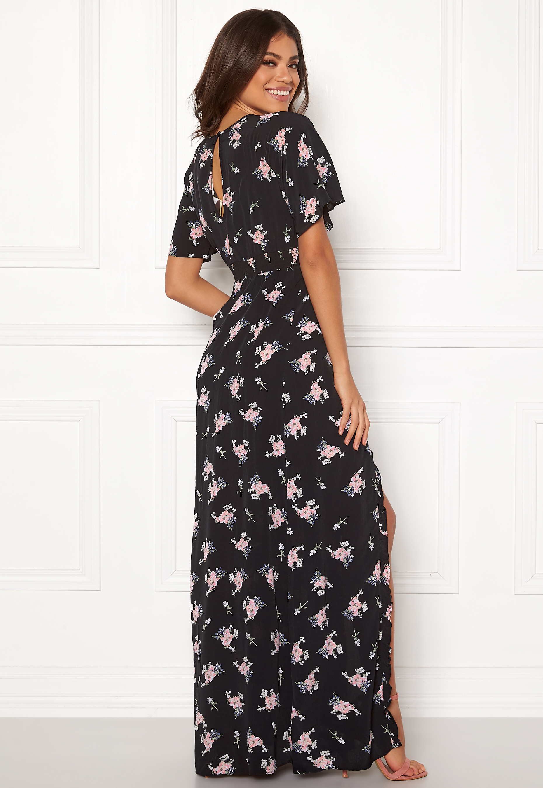 byTiMo Ruffle Wrap Gown 855 Small Bouquet Bubbleroom