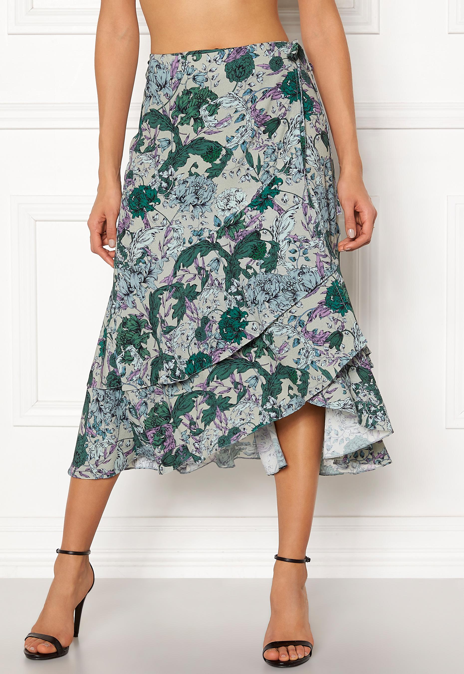 6a29c9db3850 DAGMAR Robyn Skirt Flower Print - Bubbleroom