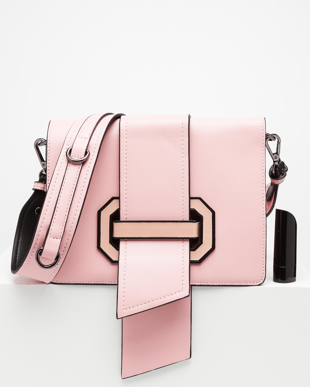 Turvallinen Olkalaukku : Gessy olkalaukku julia roosa bubbleroom