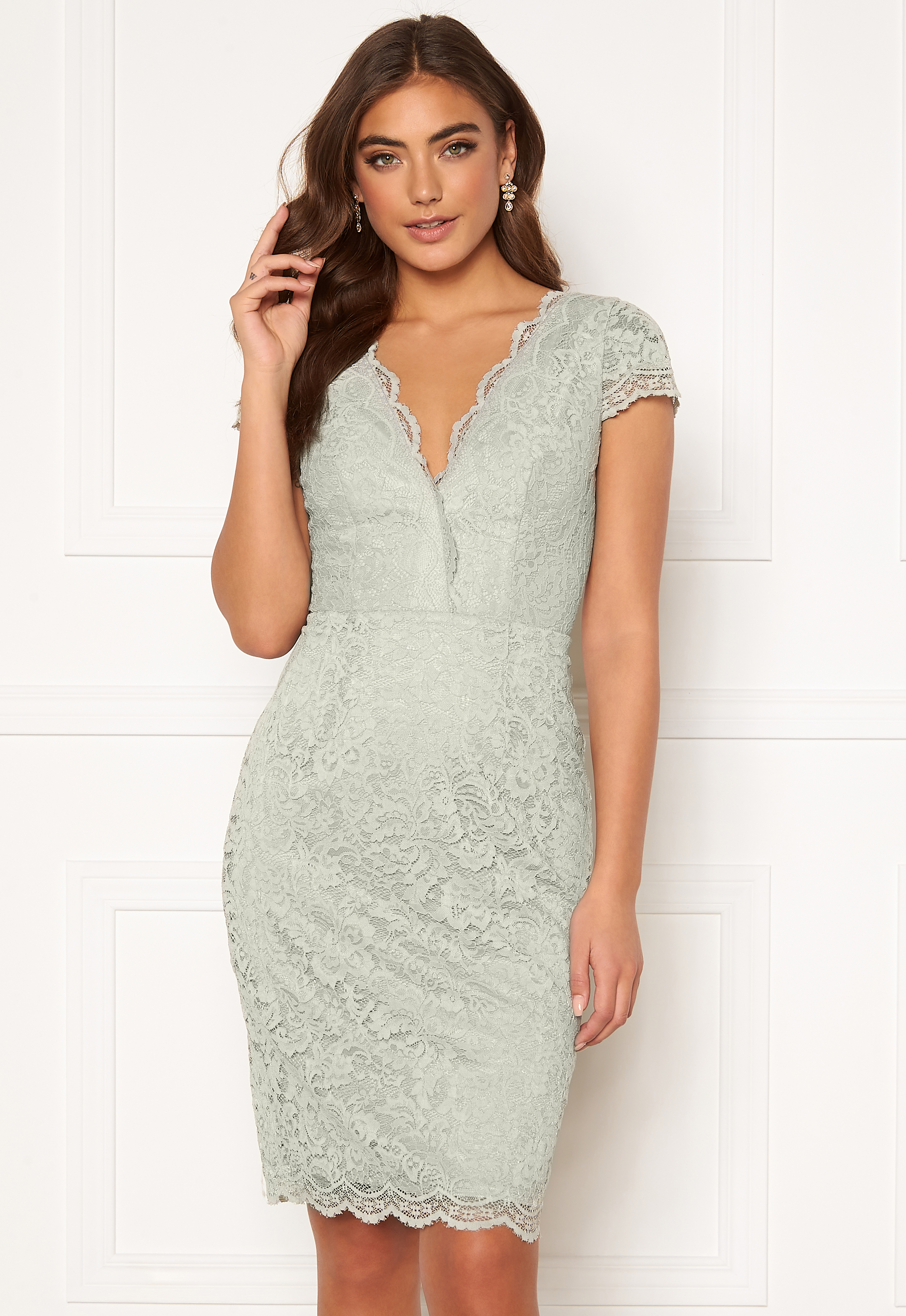 Moments New York Viola Lace Dress Dusty green Bubbleroom