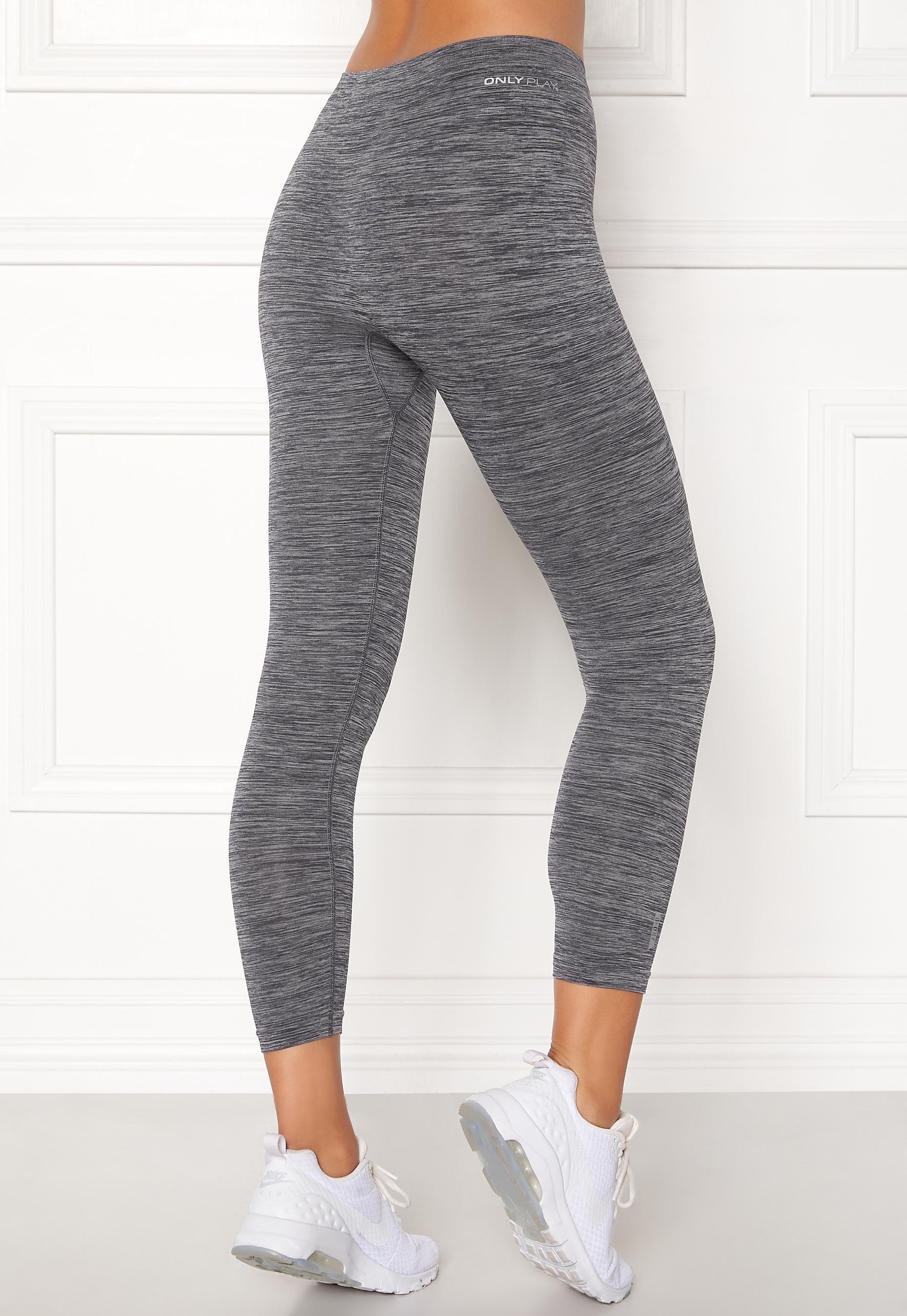 Ebony in tights