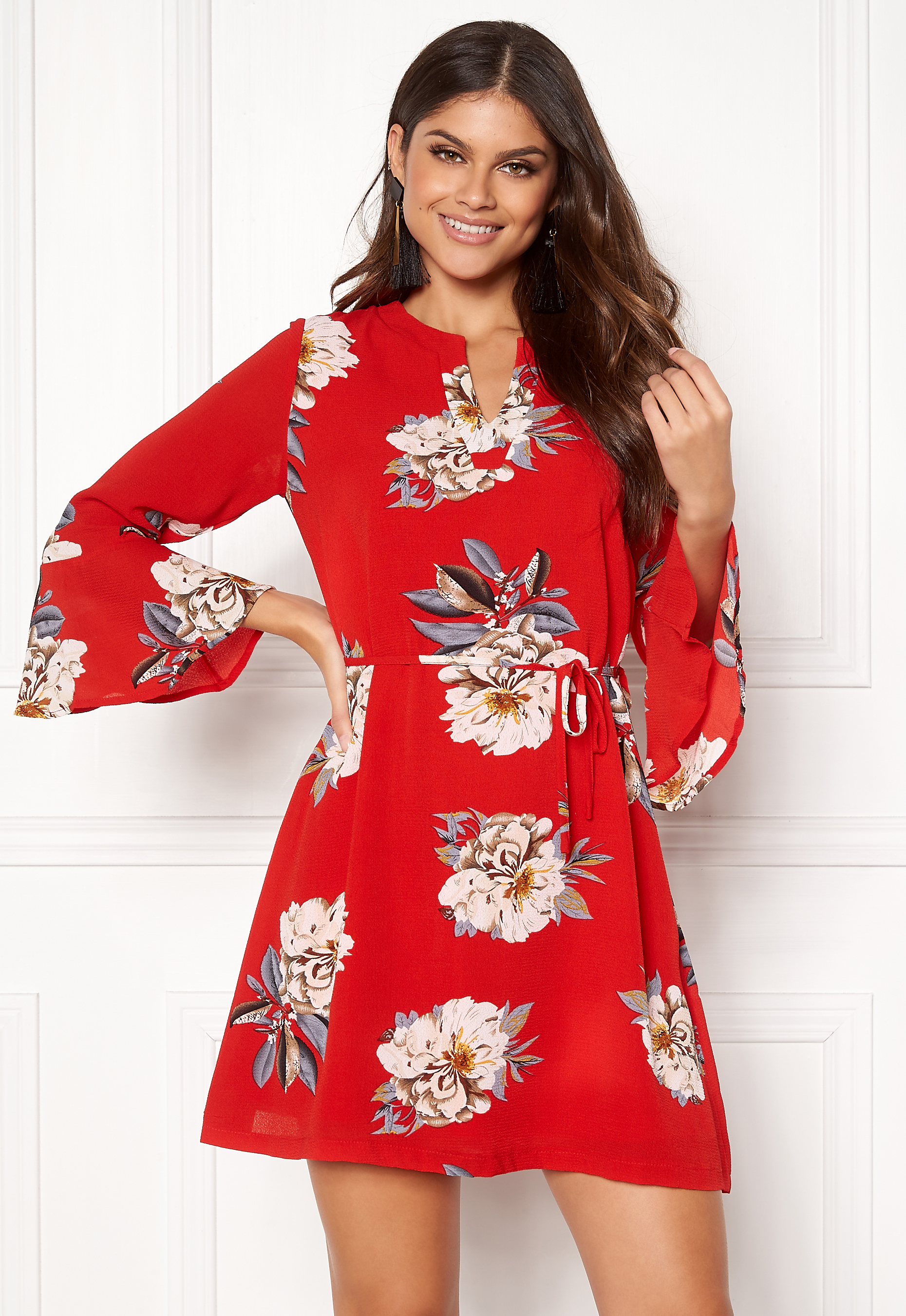 Sisters Point Glans-8 Dress 501 Red Flower - Bubbleroom 2ee6eaa8a00aa