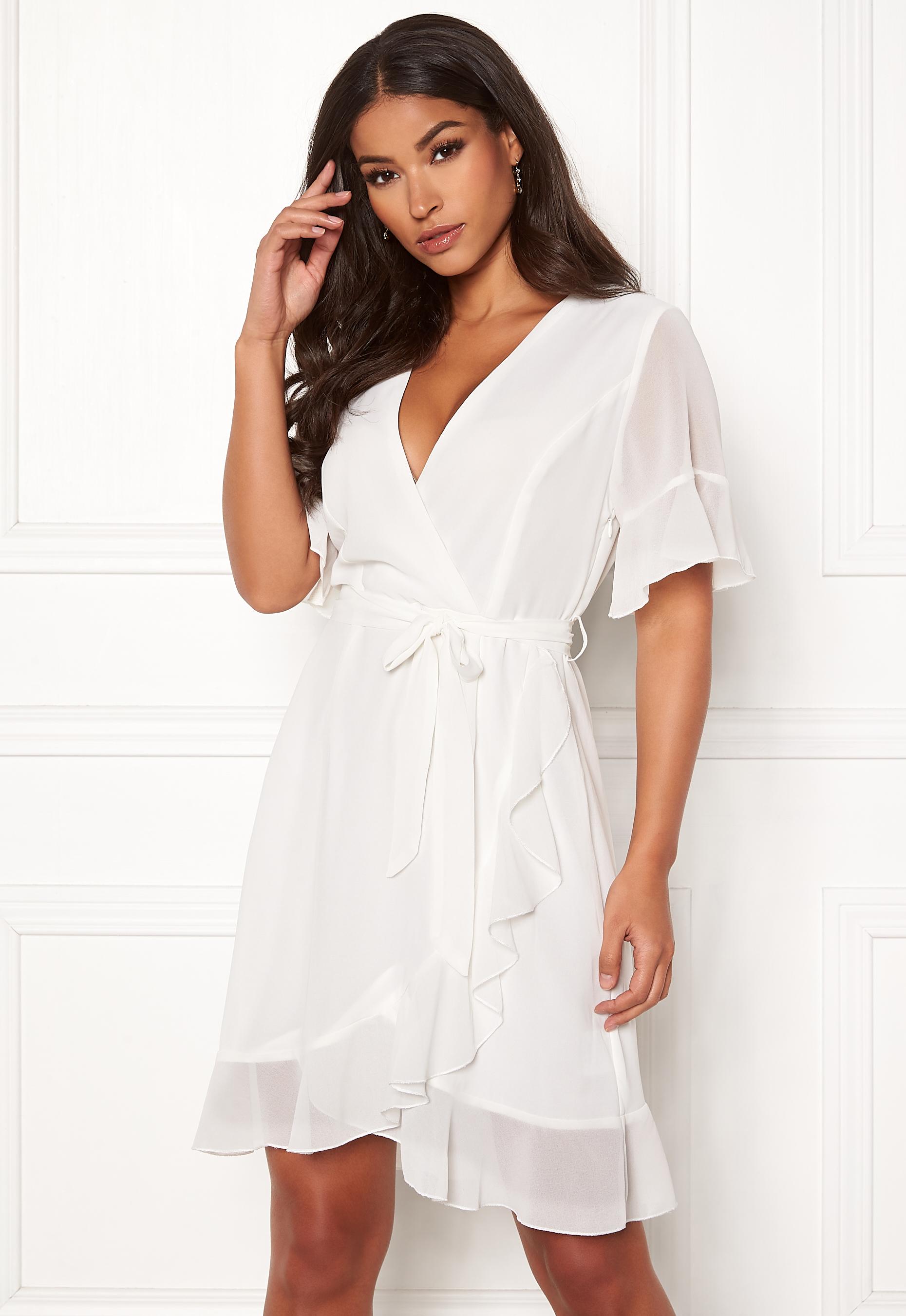 Sisters Point Greto Dress 115 Creme - Bubbleroom 2cfa96f9458b0