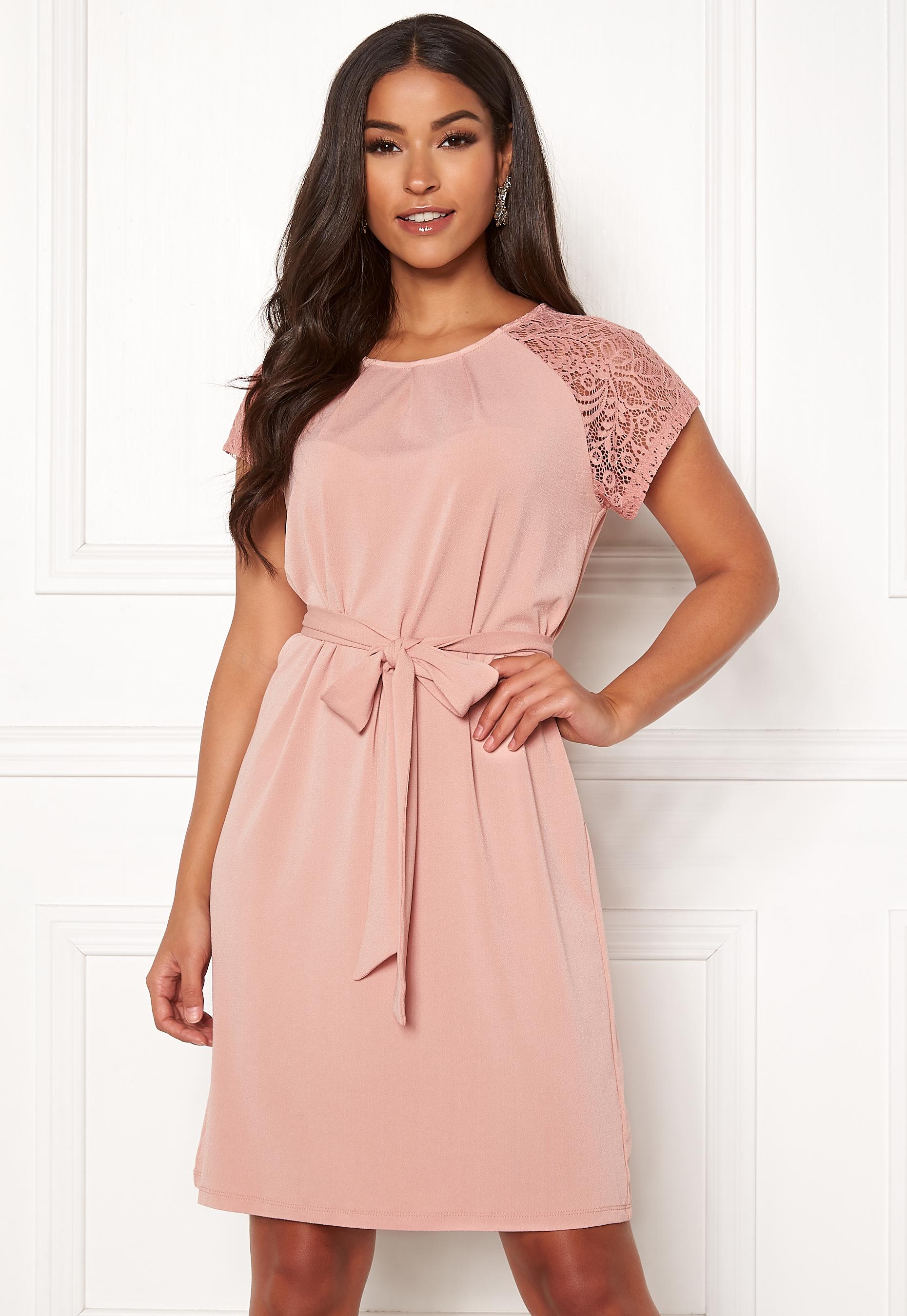 3e1cee2df5a5 VERO MODA Alberta S/S Lace Dress Misty Rose - Bubbleroom