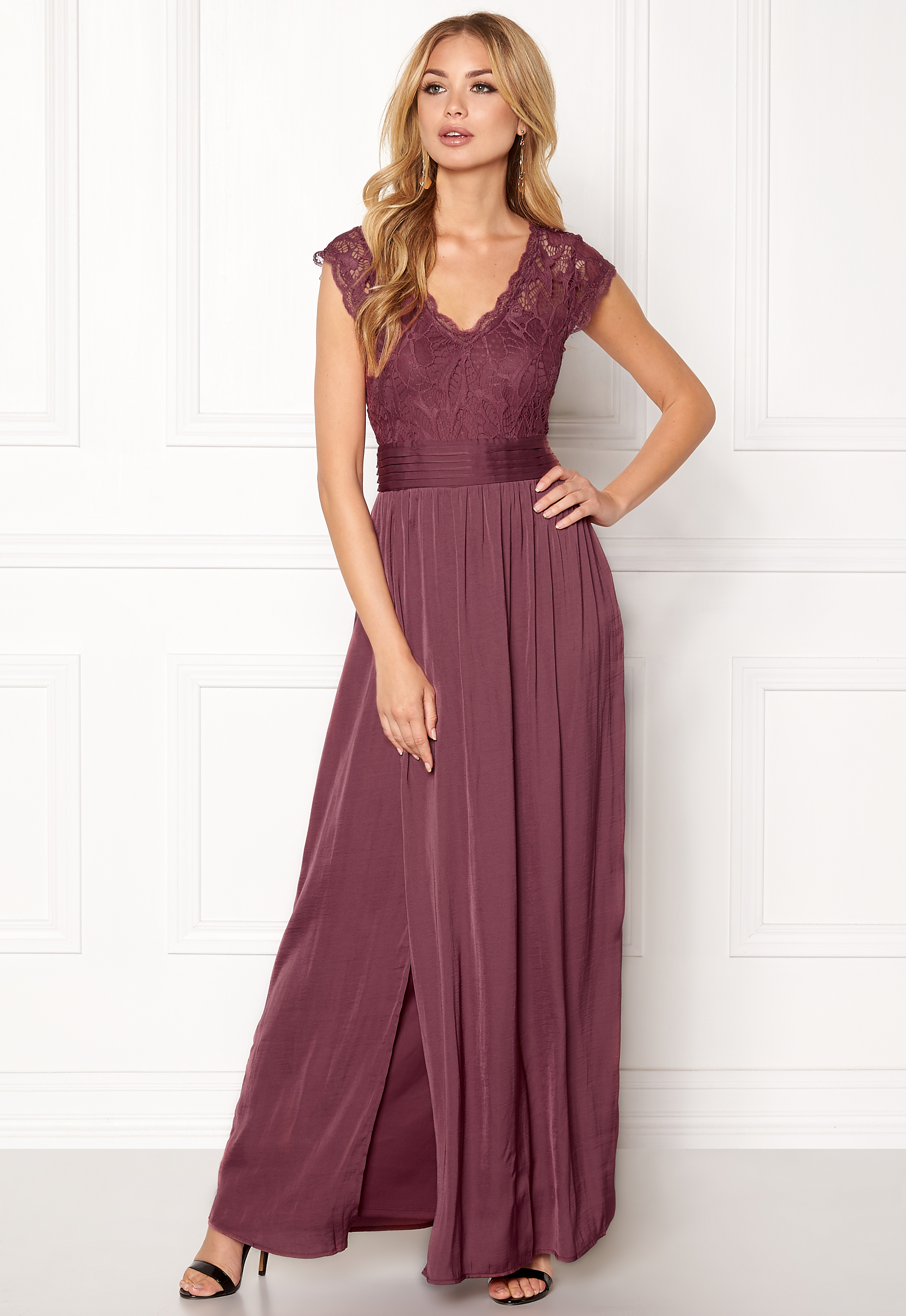 VILA Ponny Maxi Dress Renaissance Rose - Bubbleroom 598a8f0a41cf5
